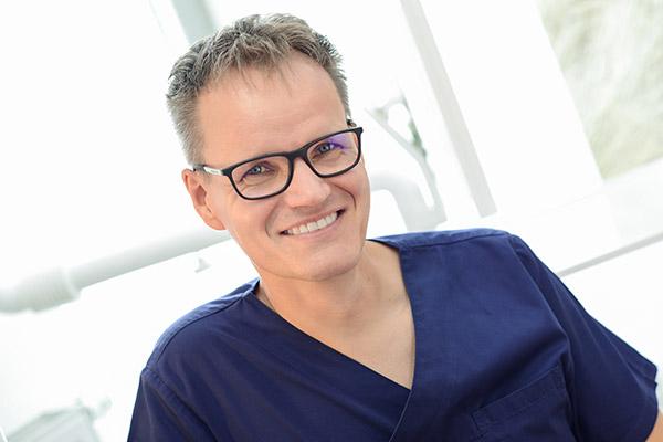 Zahnarzt Michael Paare